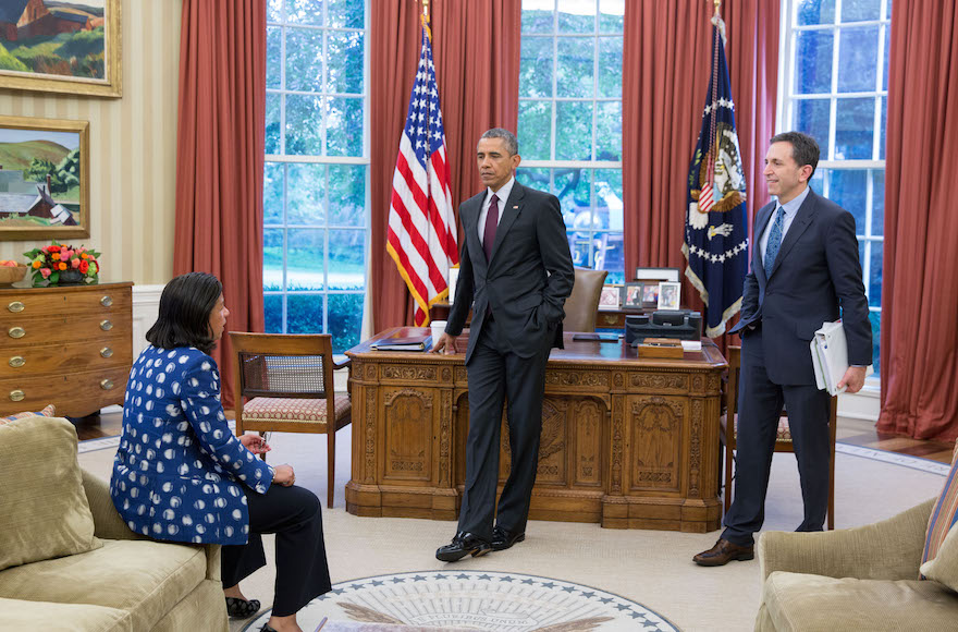 Matt Nosanchuk, right, meeting with President Barack Obama and National Security Advisor Susan E. Rice, Aug. 4, 2015. (White House Photo Office)