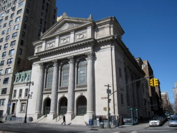 Shearith Israel — the oldest congregation in North America — is renovating its community house and converting part of the building to condos. (Gryffindor/Wikimedia Commons)