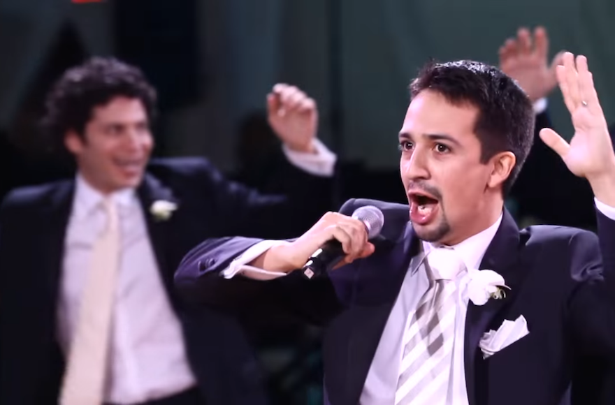 That Time U0027Hamiltonu0027 Creator Lin Manuel Miranda Sang In Hebrew