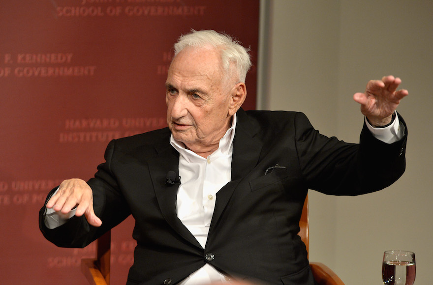 Frank Gehry speaking at Harvard University's John F. Kennedy School of Government in Cambridge, Mass., Nov. 13, 2015 in Cambridge, Massachusetts. (Paul Marotta/Getty Images)