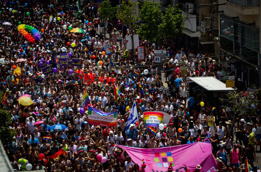 Some 200,000 people participating in the annual Gay Pride Parade in Tel Aviv, June 3, 2016. (Miriam Alster/Flash90)