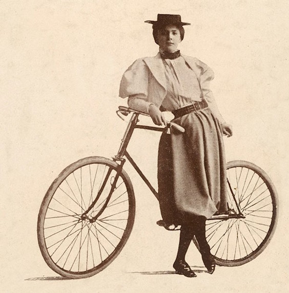 Annie Cohen Kopchovsky Was the First Woman To Bike Around the World