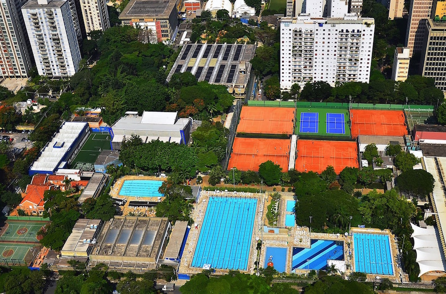 An aerial view of Sao Paulo's huge Hebraica club, the main meeting place for the city's Jewish community. (Courtesy of Hebraica)