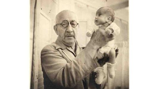 """This Jewish Coney Island """"Incubator Doctor"""" Saved Thousands of Premature Babies"""