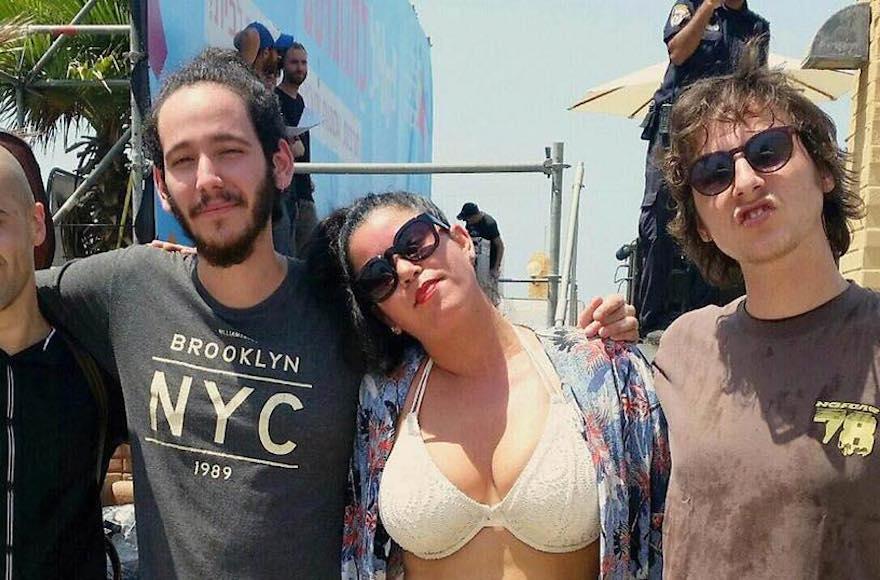 Beach performance by israeli singer halted over bikini jewish hanna goor publicscrutiny Gallery