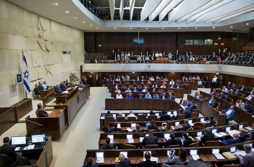 View of the assembly hall of the Knesset, during the opening of the winter session, Oct. 31, 2016. (Yonatan Sindel/Flash90)