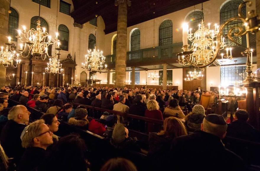 Kristallnacht commemoration at the Portuguese Synagogue in Amsterdam, Netherlands, Nov. 9, 2016. (Courtesy of Jonet.nl)