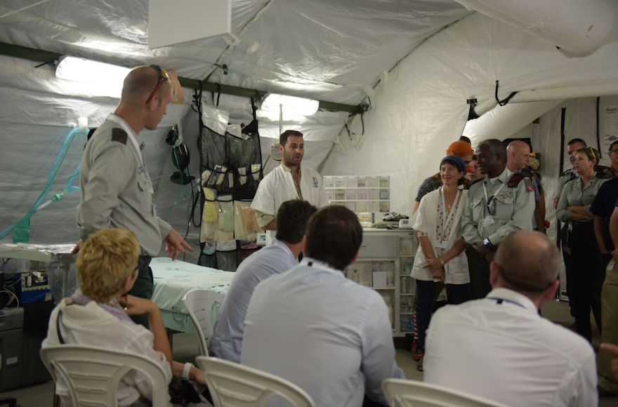 A WHO delegation visiting the IDF Medical Corps' field hospital, September 2016. (Courtesy of the IDF Spokesperson's Unit)