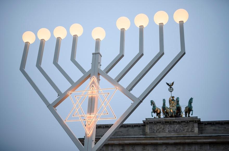Design Attack Berlin of killed in berlin terror attack lights menorah