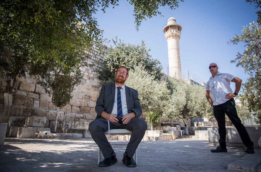 Lawmaker Yehuda Glick announces engagement during Knesset session