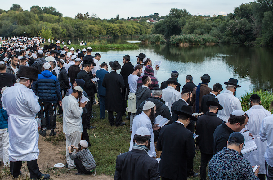 Ukraine bans annual Rosh Hashanah pilgrimage to Uman over coronavirus pandemic
