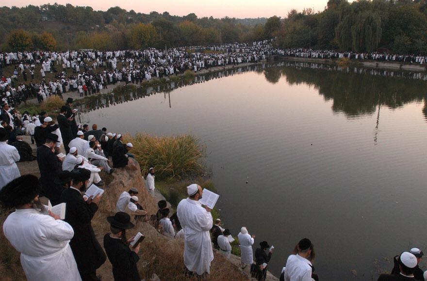 Ukraine to let in at least 5,000 Uman pilgrims for Rosh Hashanah, chief rabbi says