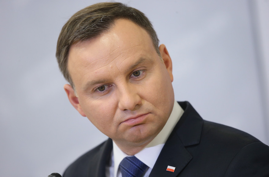 Polish president not welcome at White House over Holocaust ...