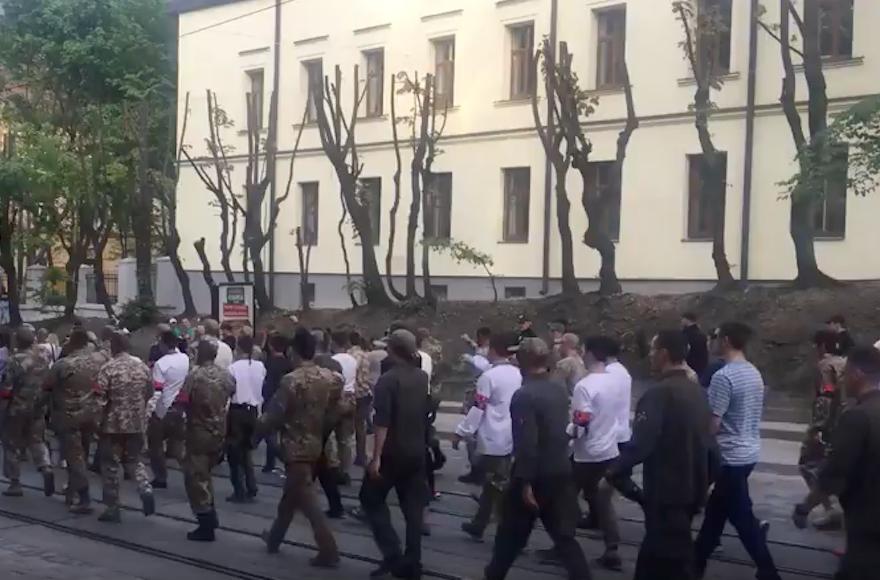 Nazi symbols and salutes on display at Ukrainian nationalist march