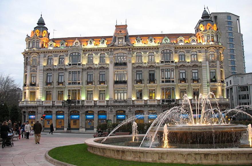 Oviedo, 580