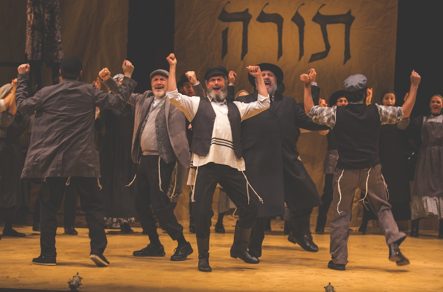 How The Cast Of A New Fiddler Learned Their Yiddish In