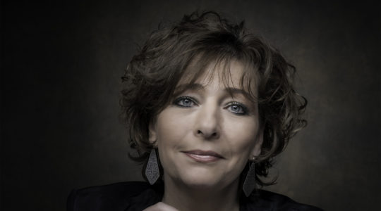 Nieuw Israëlietisch Weekblad editor-in-chief Esther Voet (Courtesy of NIW)