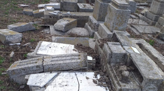 The aftermath of vandalism at the Jewish cemetery of Husi, Romania in April 2019. (Courtesy of Fedrom)