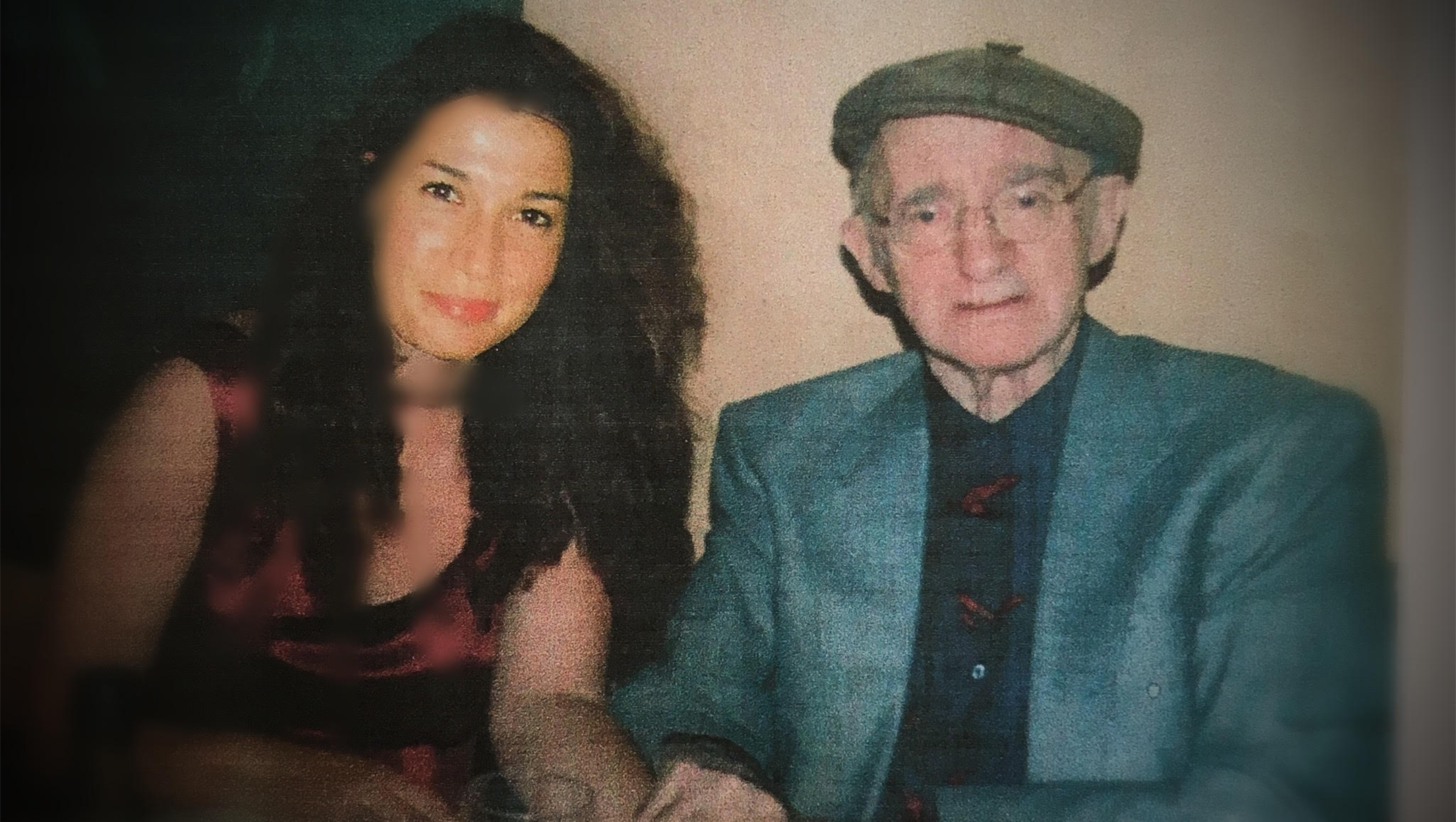Abraham Sutzkever with his granddaughter Hadas in 2008 in Tel Aviv, Israel. (Courtesy of Hadas Kalderon-Sutzkever)