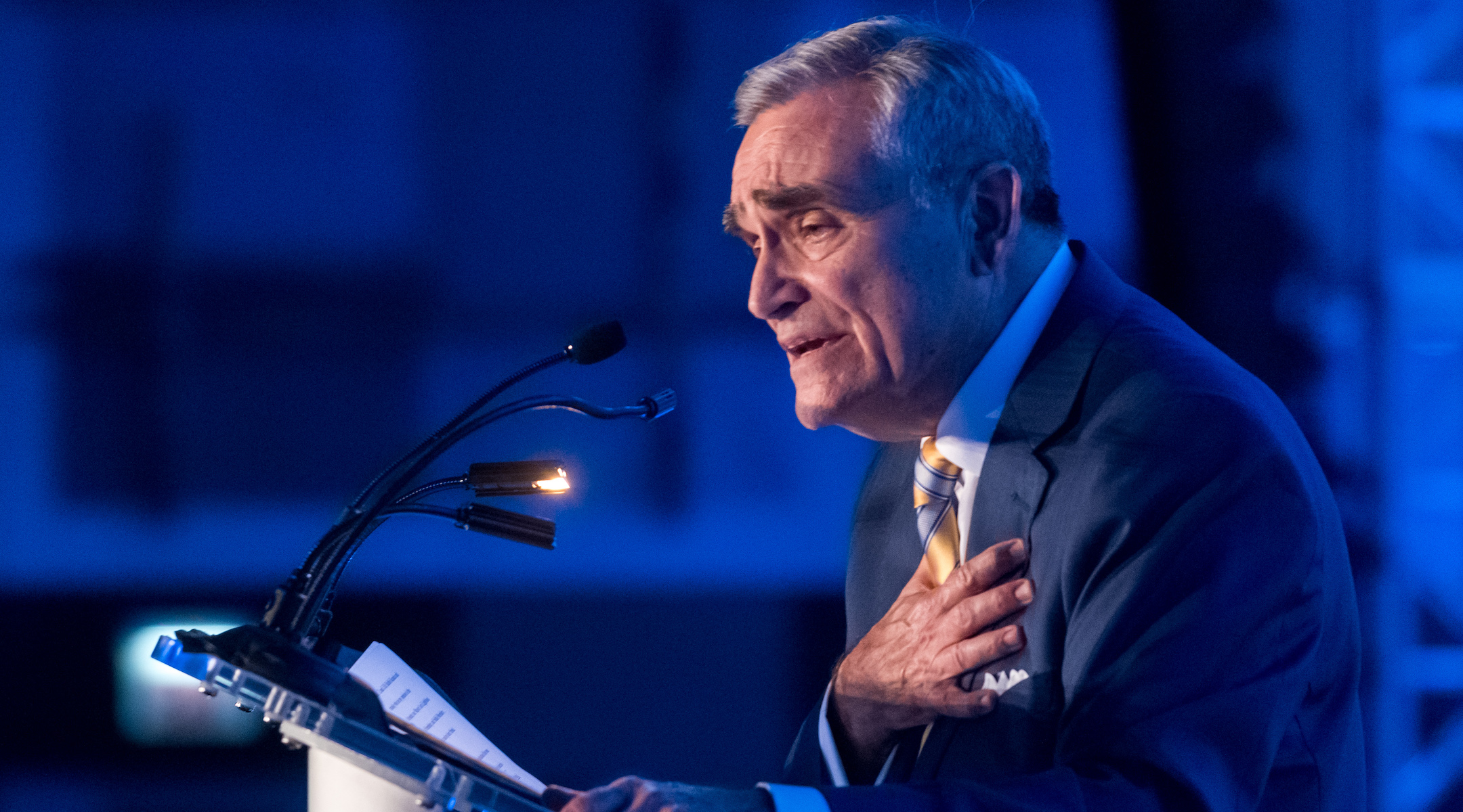 Steve Nasatir speaks at an event commemorating his 40 years as president of the Jewish United Fund in Chicago, Ill. on May 29, 2019. Nasatir was one of the most powerful Jewish federation executives in the country. (Robert Kusel)