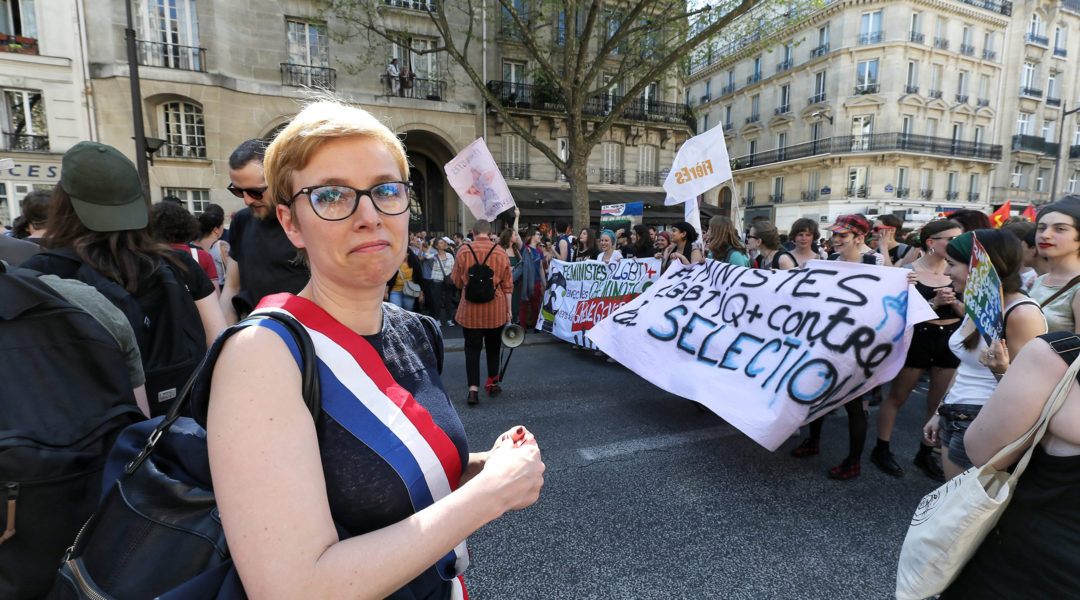 French lawmaker Clementine Autain participating at a demonstration in Paris, France on April 19, 2018. (Michel Stoupak/NurPhoto via Getty Images)