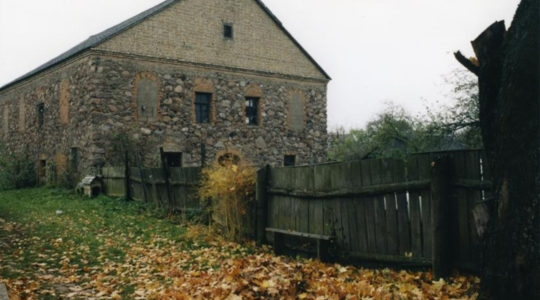 The former synagogue of Porazava, Belarus. (Foundation for Jewish Heritage)