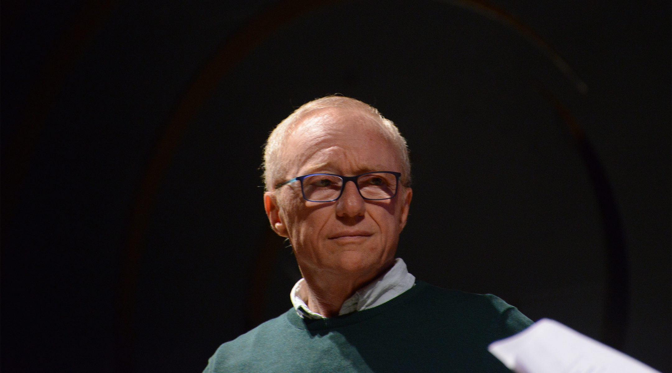 David Grossman at a speaking event at Porto Alegre, Brazil on Oct. 30, 2016 (Fronteiras do Pensamento/Luiz Munhoz/Wikemedia Commons)
