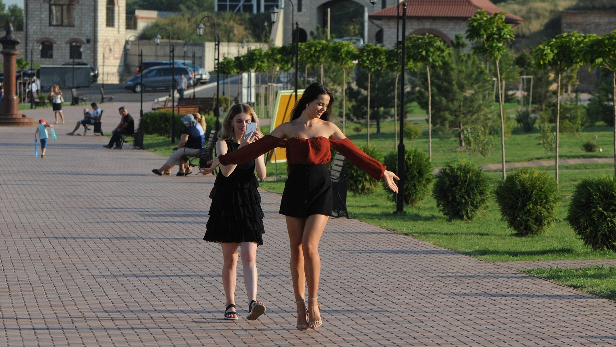 Two women visiting Bender Fort in Bender, Transnistria, on on Aug. 24, 2019. (Courtesy of Roman Yanushevsky/Channel 9)