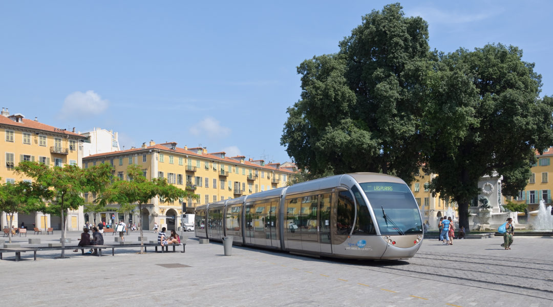 A tram arriving at Garibaldi Square in Nice, France on August 10, 2010. (Myrabella/Wikimedia Commons)
