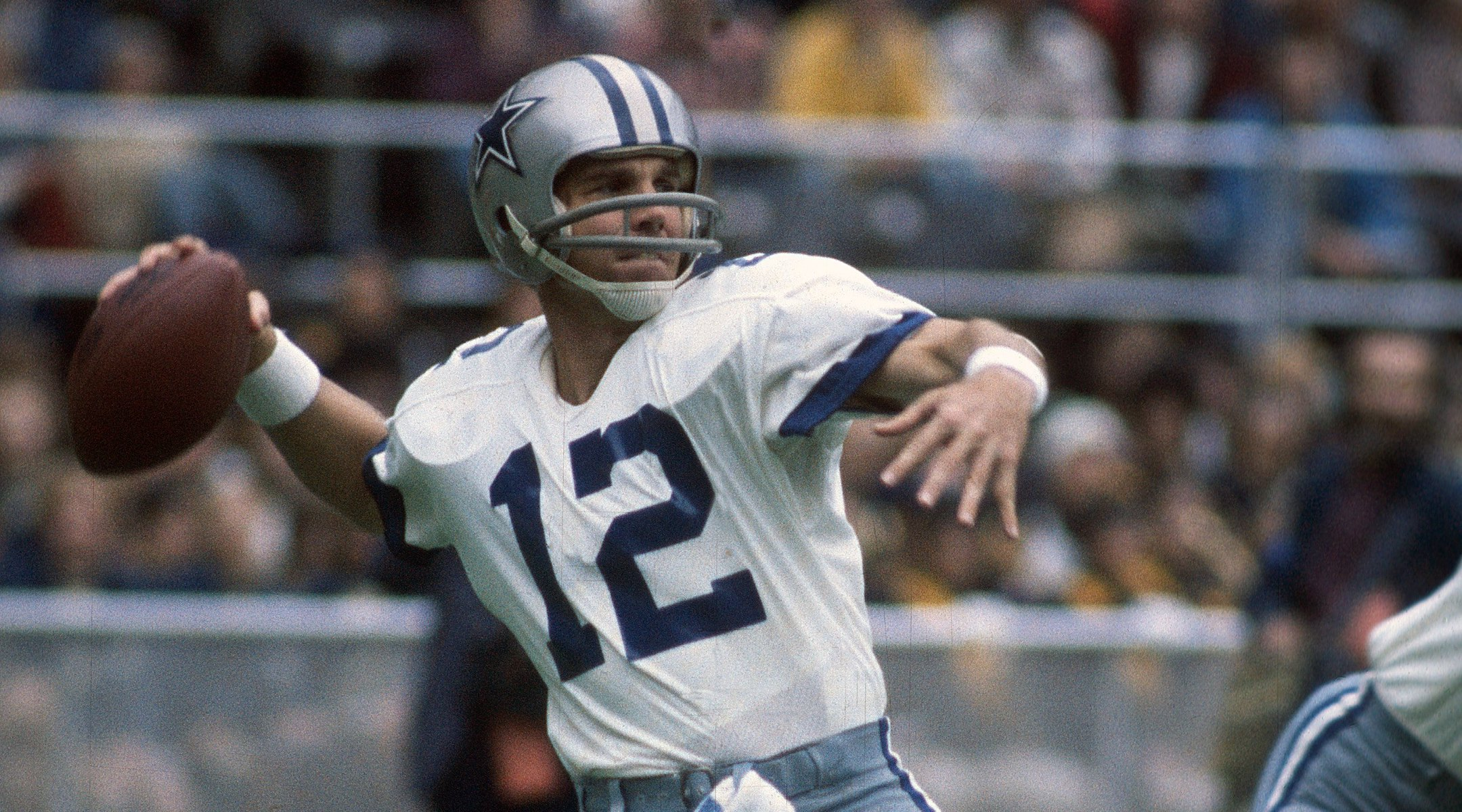 Hall of Fame quarterback Roger Staubach to be honored for his ...