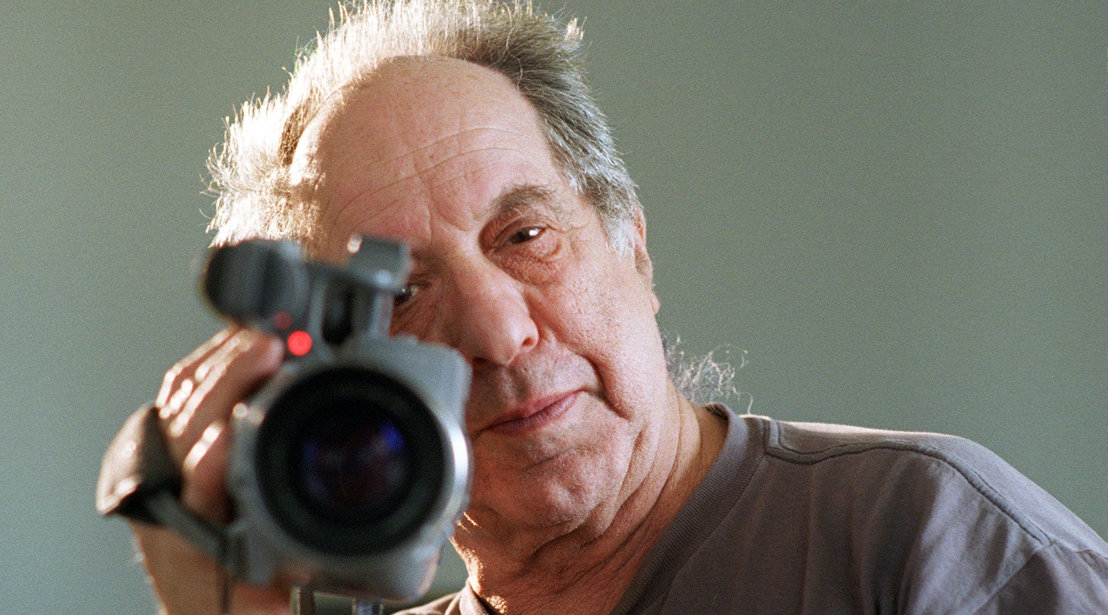Robert Frank in 1996. (Patrick Downs/Los Angeles Times via Getty Images)