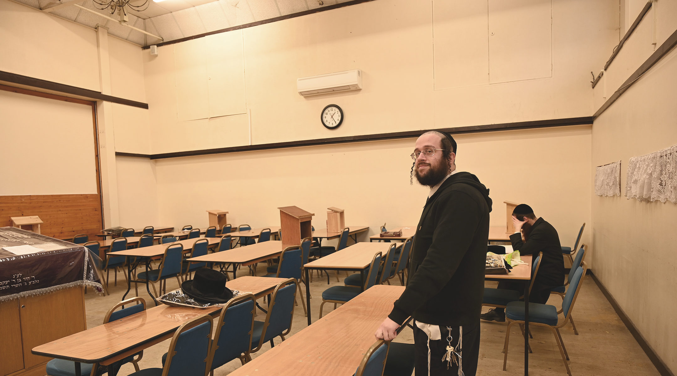 Jacob Gross at the yeshiva and synagogue on Canvey Island, UK on Dec. 13, 2019. (Cnaan Liphshiz)