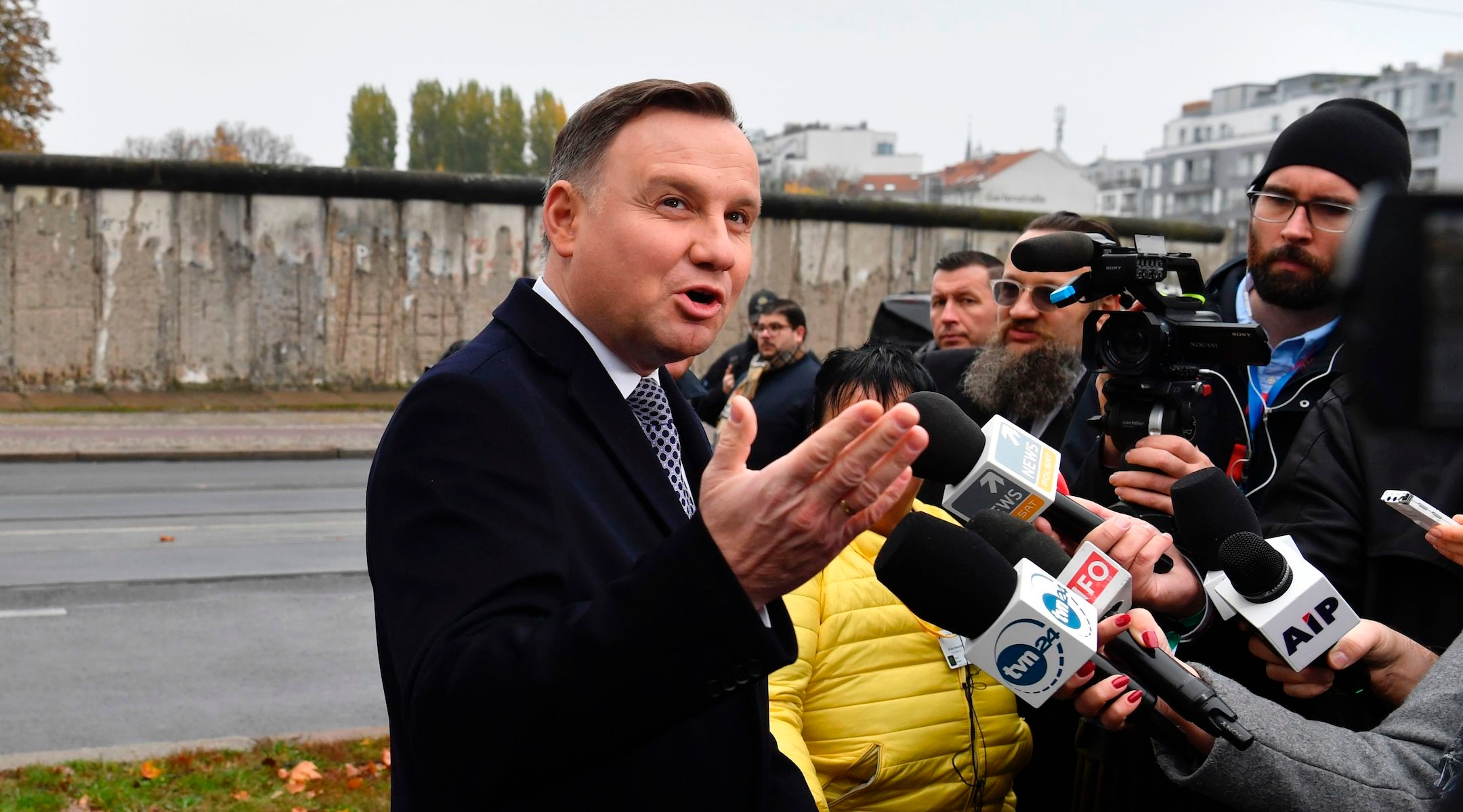 Andrzej Duda, Polish president who vowed no reparations for Jews, appears to eke out reelection
