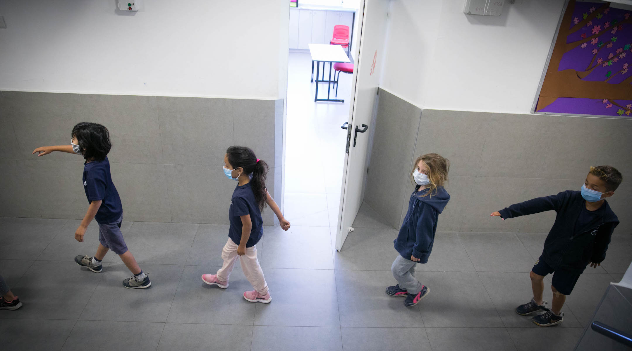 Thousands of students in dozens of Israeli schools sent home to isolation over COVID-19 outbreaks