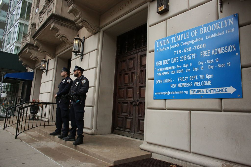 2 major Brooklyn Reform synagogues in merger talks as COVID-19 pandemic cuts into revenue