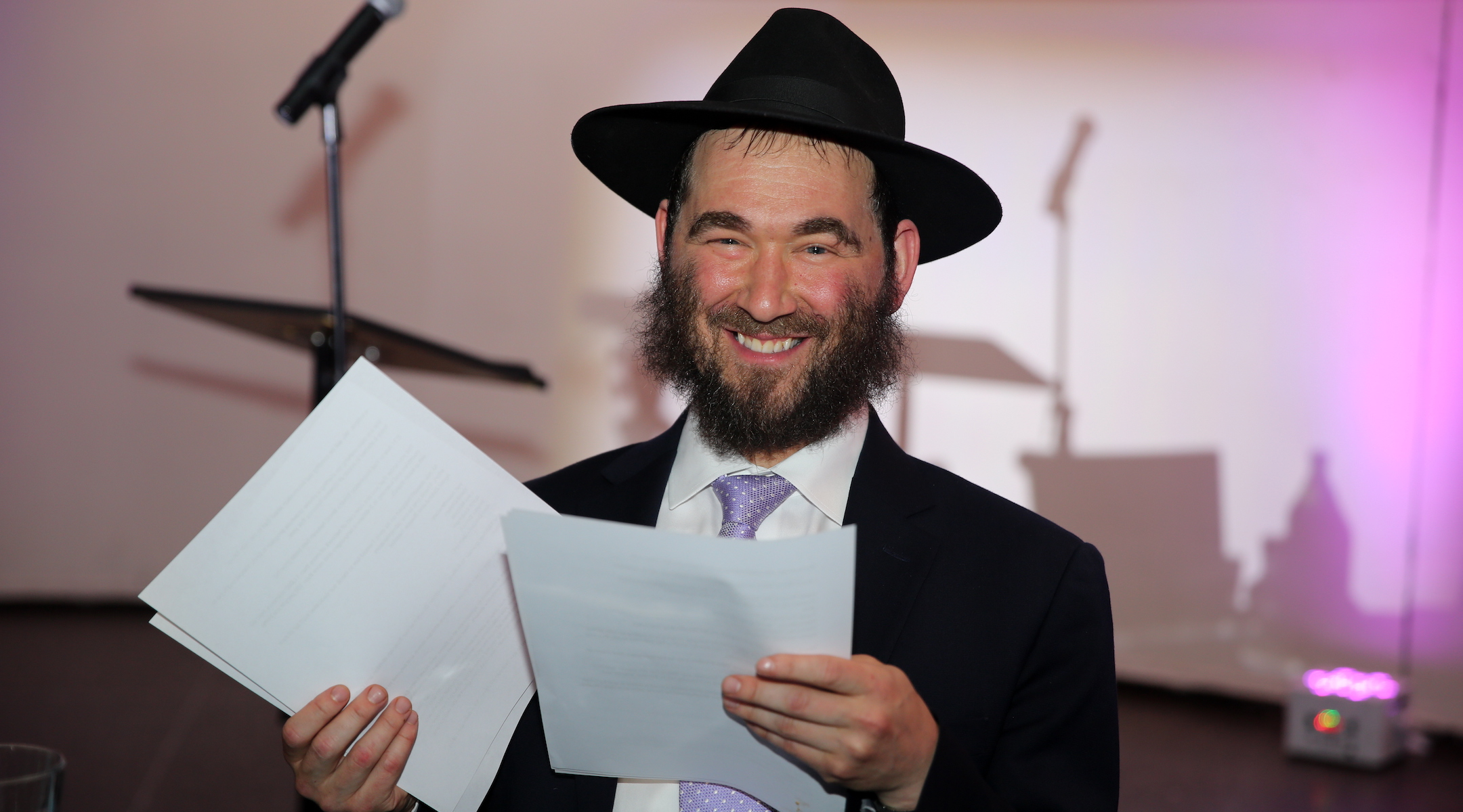 Yehuda 'Yudi' Dukes, Hasidic father of 6, is dead after 10-month battle with COVID