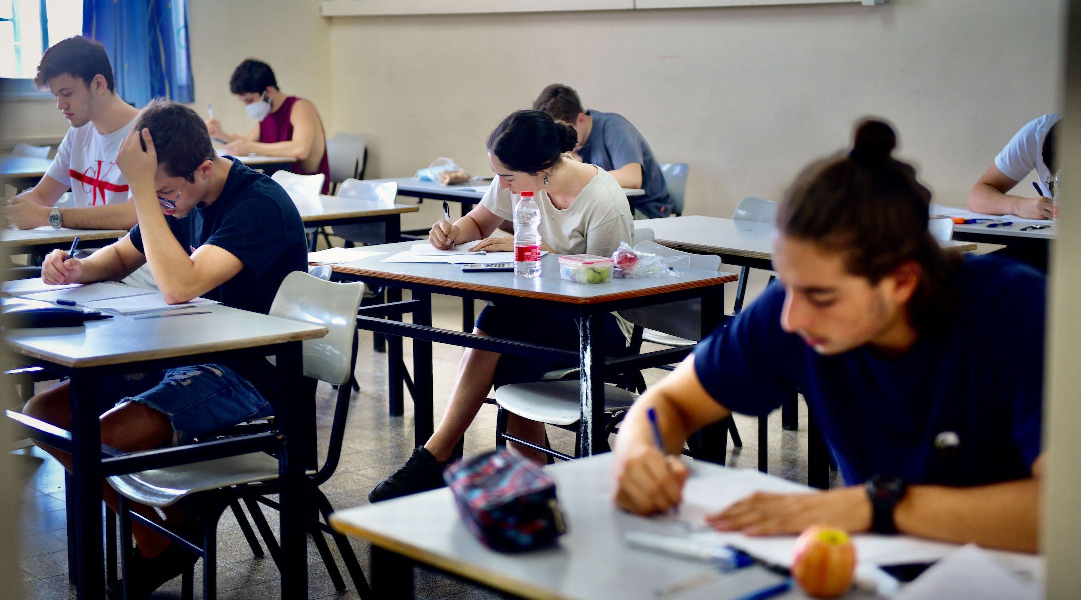 To shrink classes amid COVID-19, Israel needs to hire 15,000 teachers. It won't be easy.