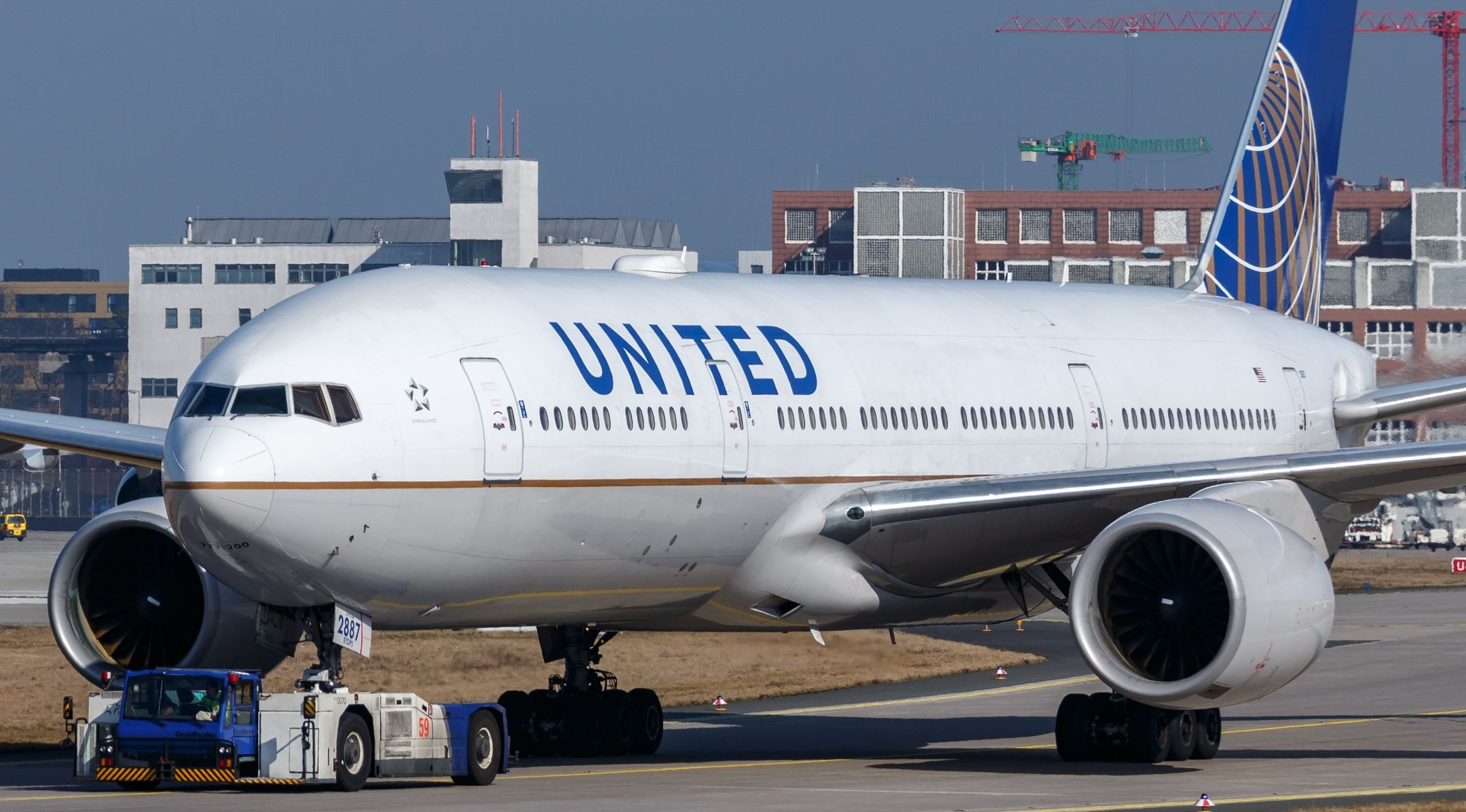 United passenger takes her Yom Kippur dilemma to the airline's CEO — and has the...