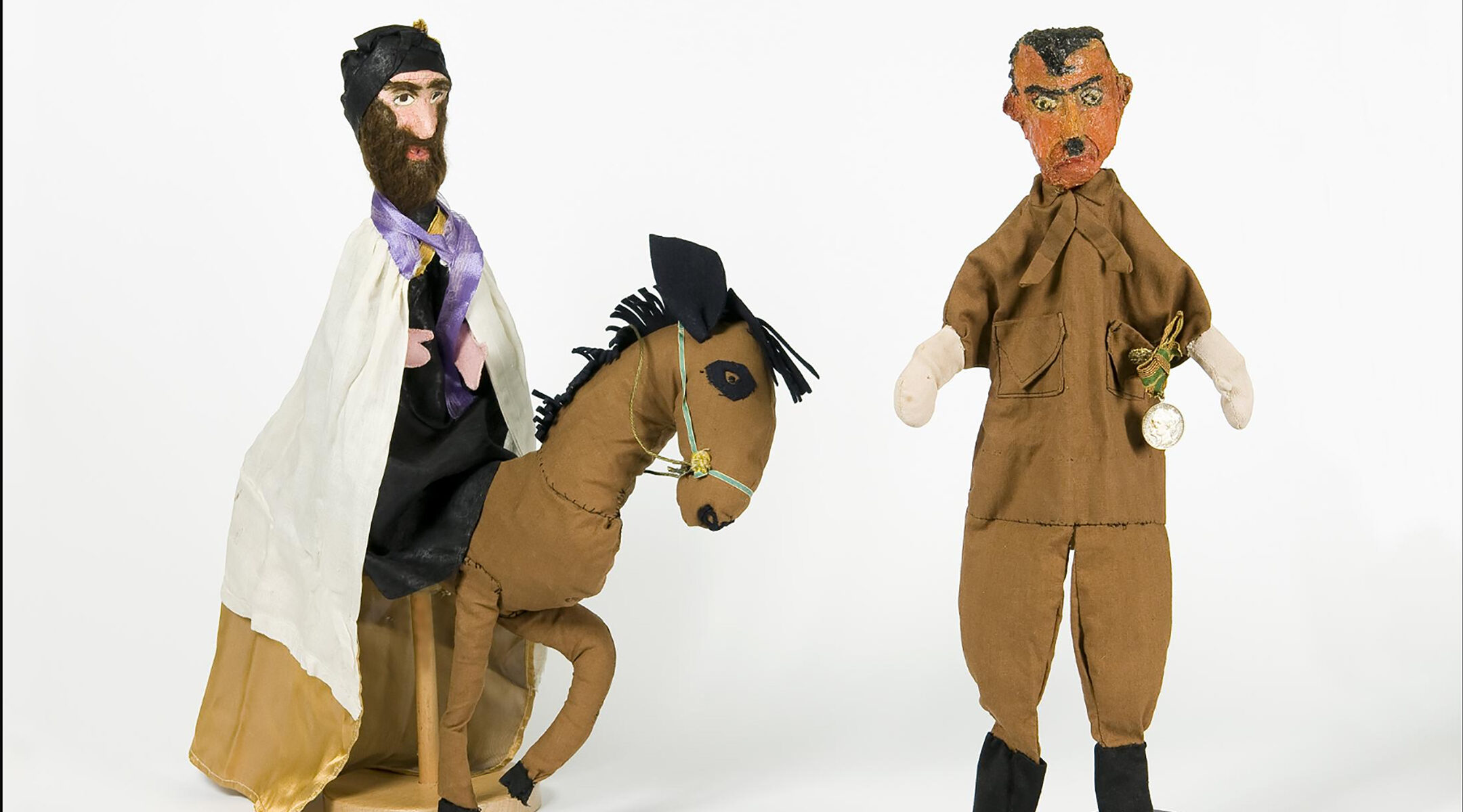 Puppets of Mordechai and Hitler made by Nechama Mayer-Hirsch in 1951. (Courtesy of the Jewish Historical Museum of Amsterdam)