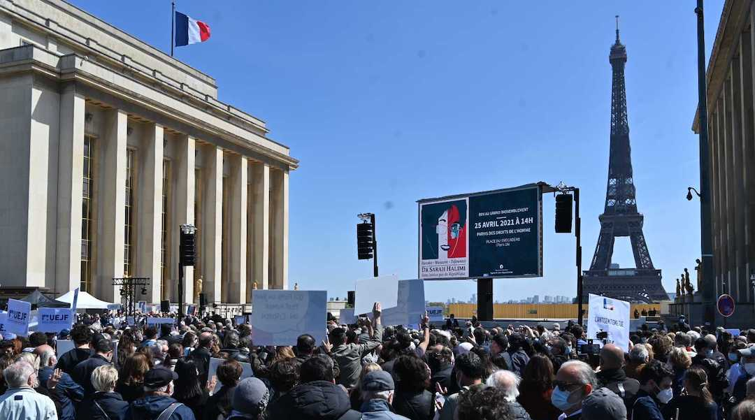 Thousands protest the French high court's ruling on the 2017 murder of Sarah Halimi in Paris on April 25, 2021. (Cnaan Liphshiz)