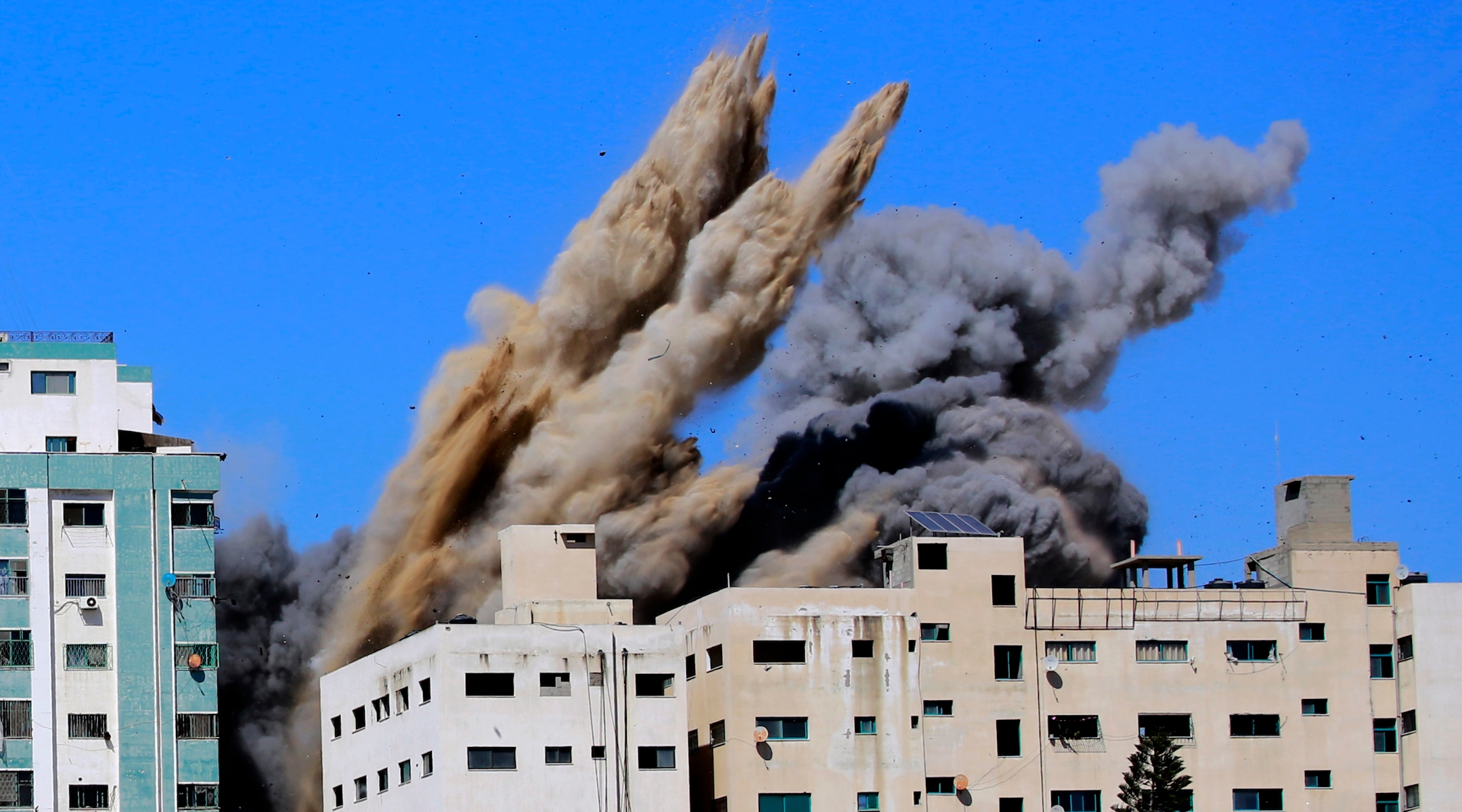 In deadliest day in current fighting, Israeli barrage kills at least 42 in Gaza as...