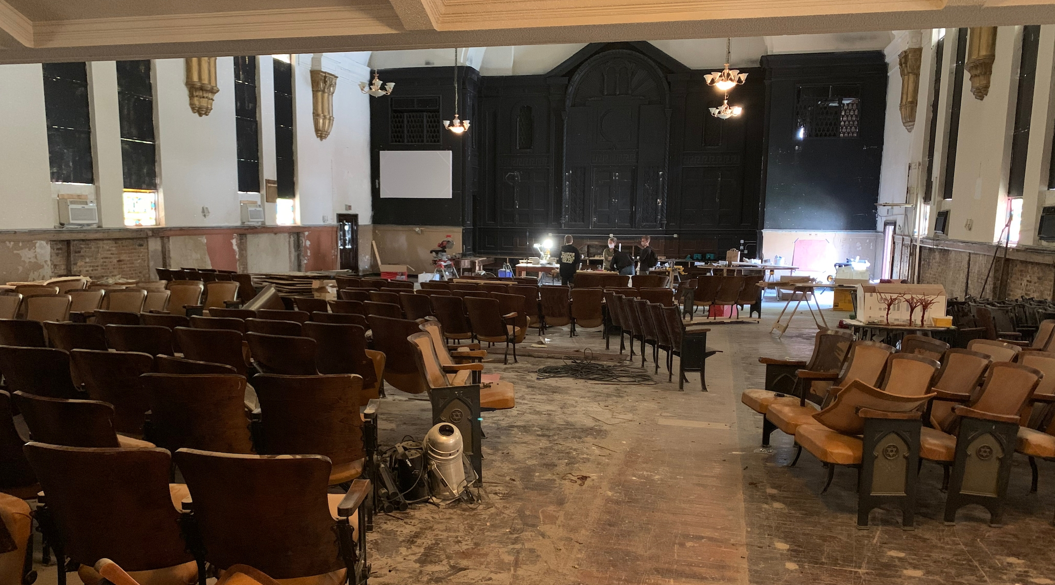 The former Congregation B'nai Bezalel in Chicago, under renovation