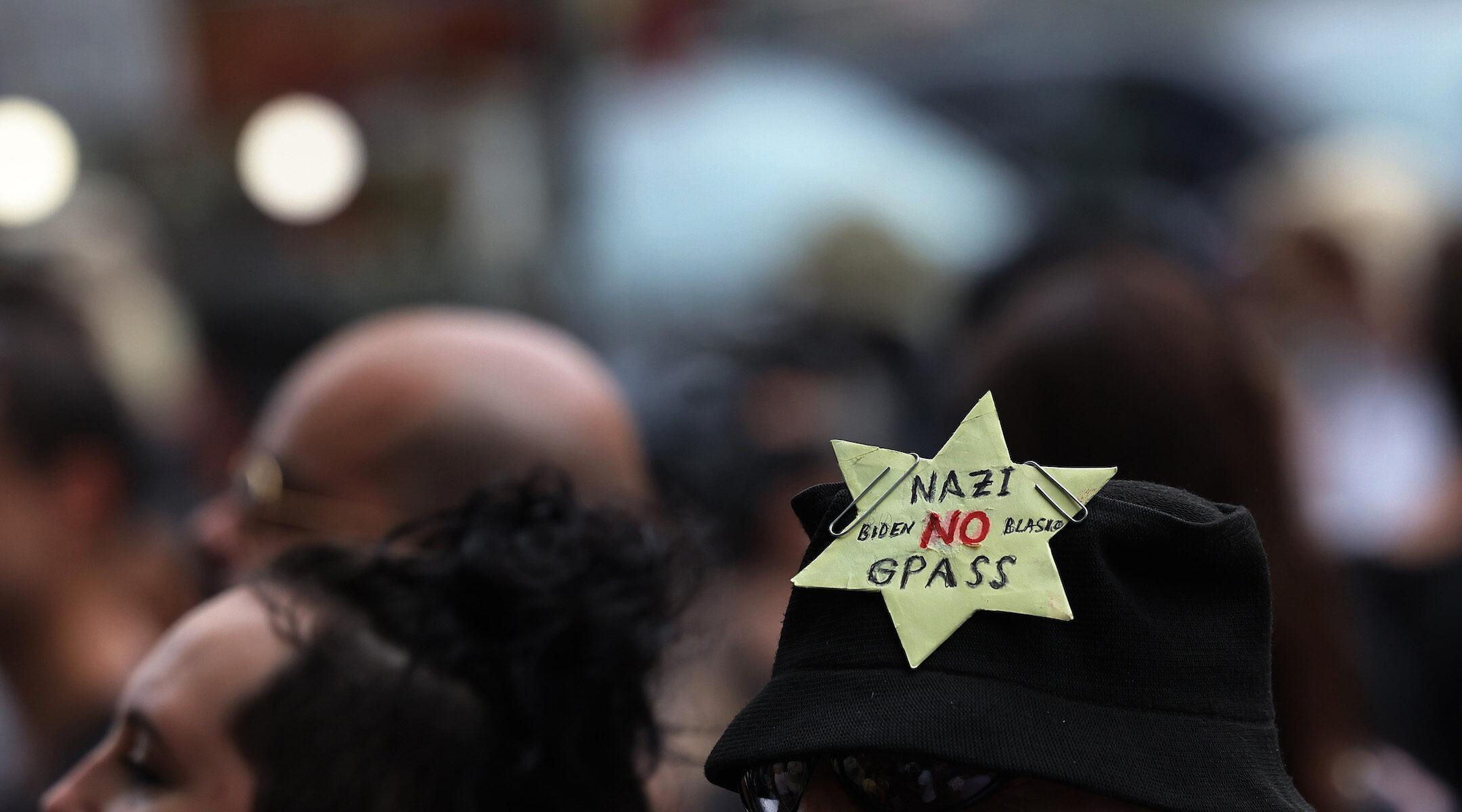 Protest Holocaust comparisons COVID