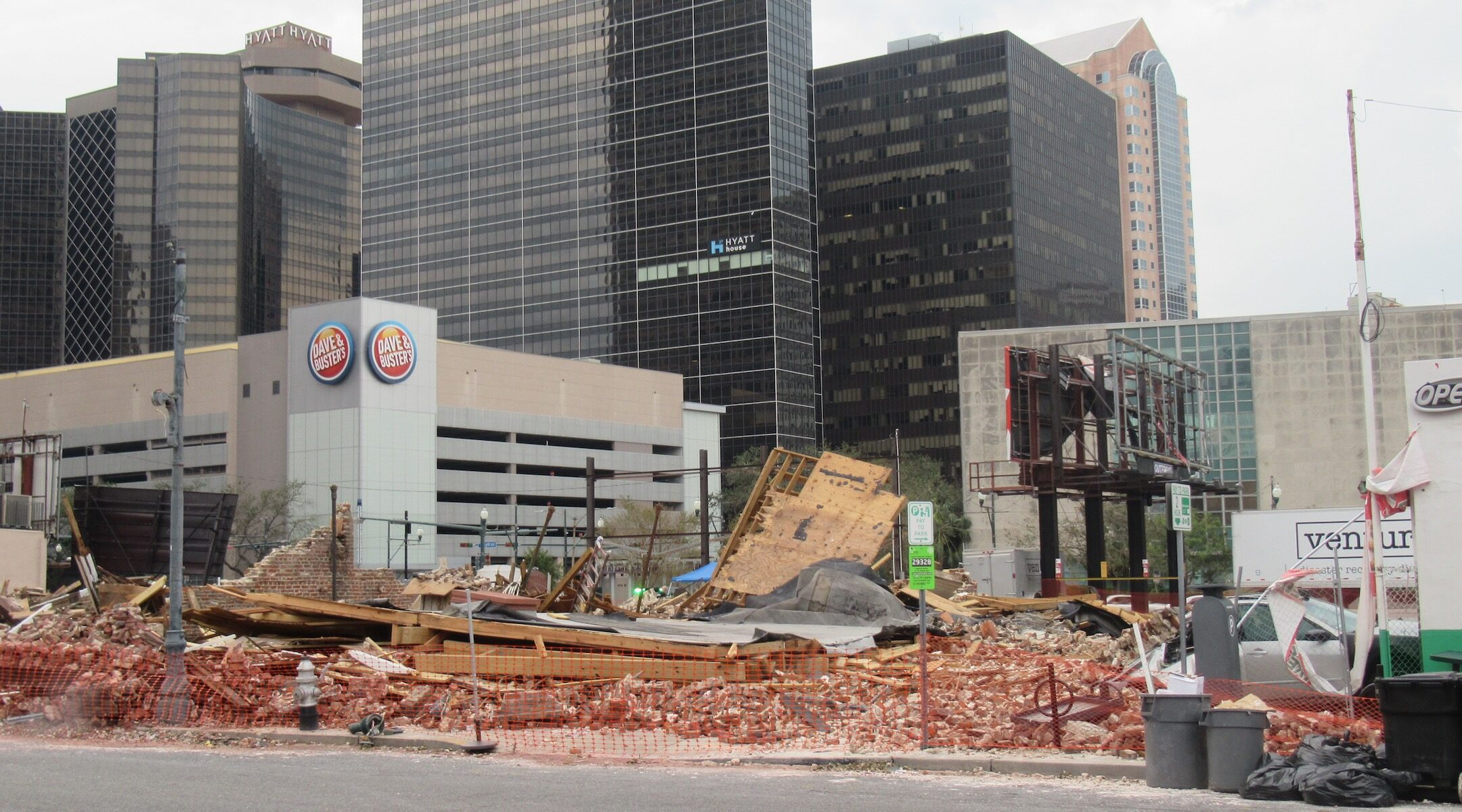 New Orleans building destroyed